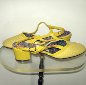 60s shoes vintage preppy mod lemon sunshine yellow unworn