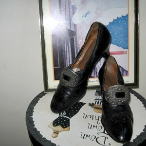 1920 30s leather shoes with cut steel buckles size 6 1/2