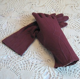 vintage 40s gloves rayon wrist bettesbargains